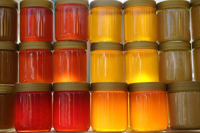 Je nach Honig geht das kandieren recht flott voran.